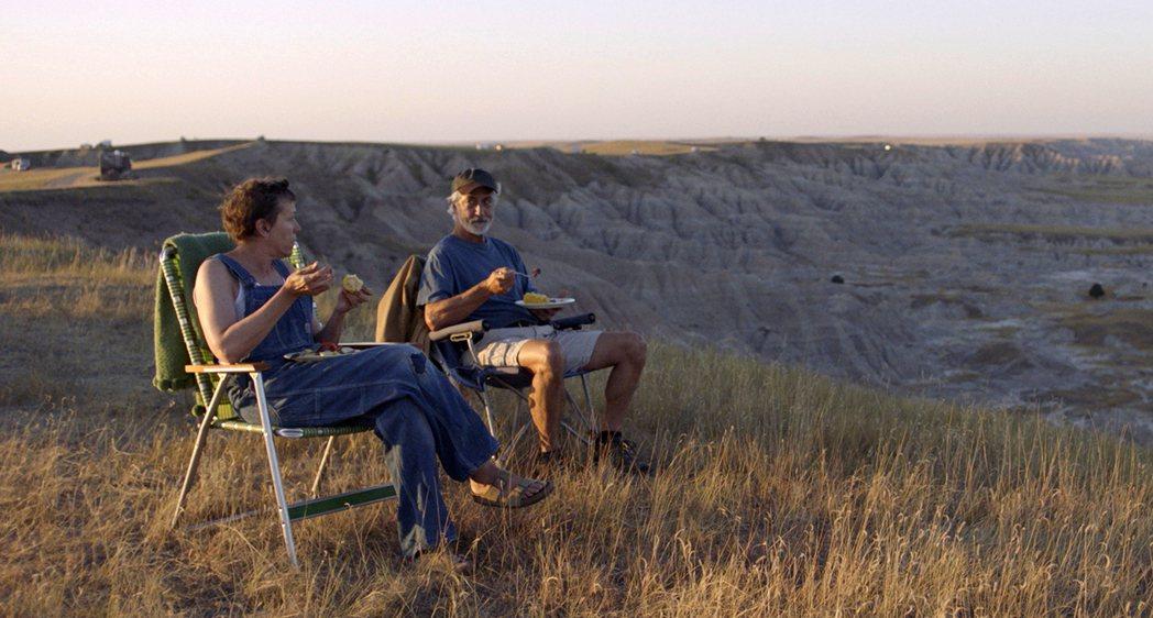 圖說:「游牧人生」是各方看好獲金球獎的強片。圖/摘自imdb