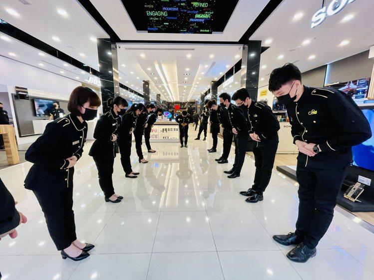 寬敞迎賓大廳,提前預約可享受3C管家專屬的服務。記者黃筱晴/攝影