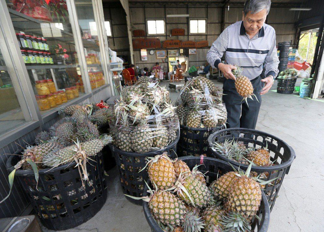 大陸今年1月底禁止台灣生產或轉運肉類產品輸入,昨(26)日再以截獲檢疫性有害生物...
