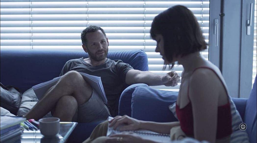 《迷途愛麗絲》劇照。圖/擷自IMDb