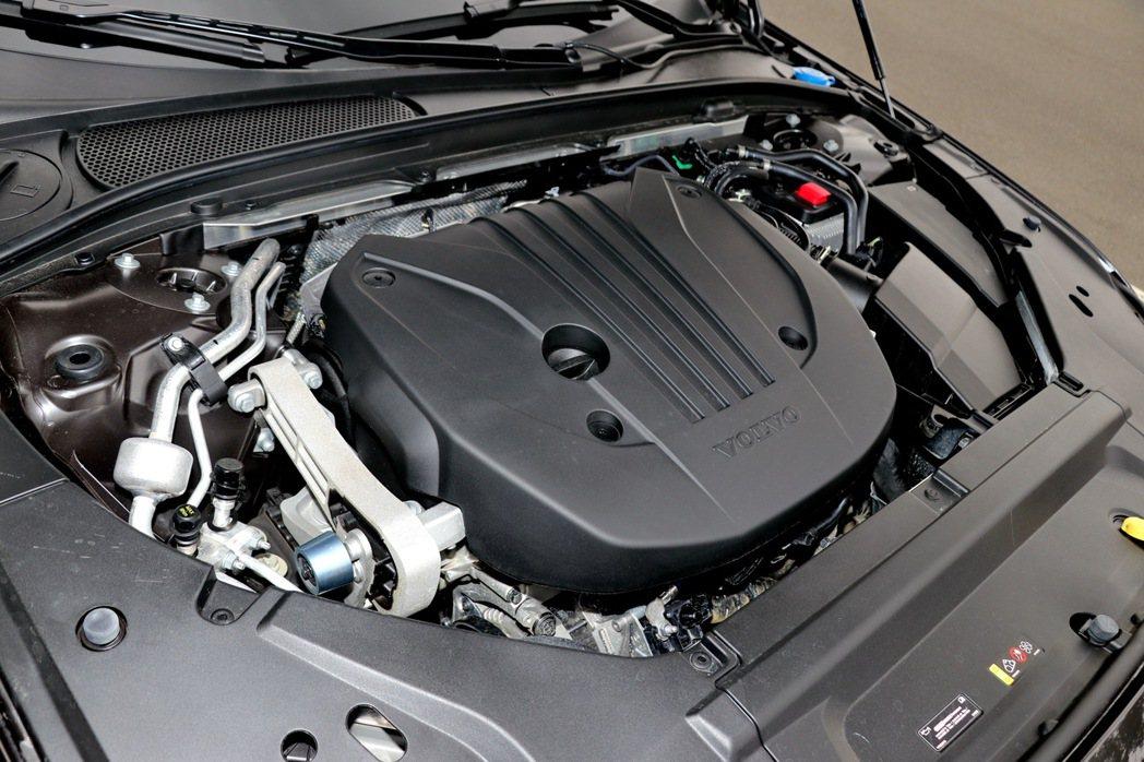 Volvo V90 Cross Country全車系不再提供傳統汽、柴油動力選擇...