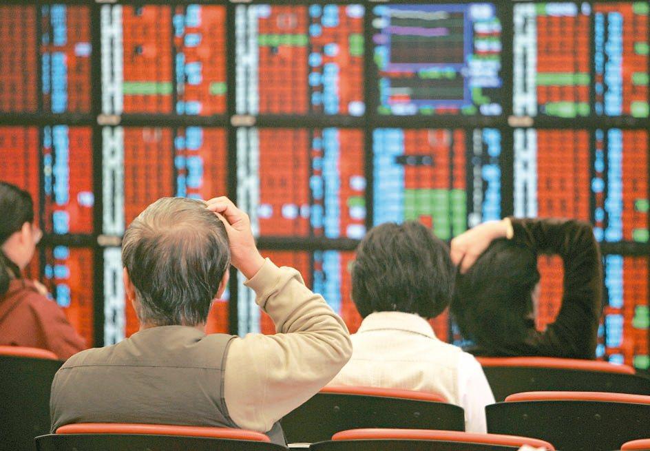 配息基金種類多,除了債券及多重收益基金以外,純股票基金也是領息的來源。 美聯社