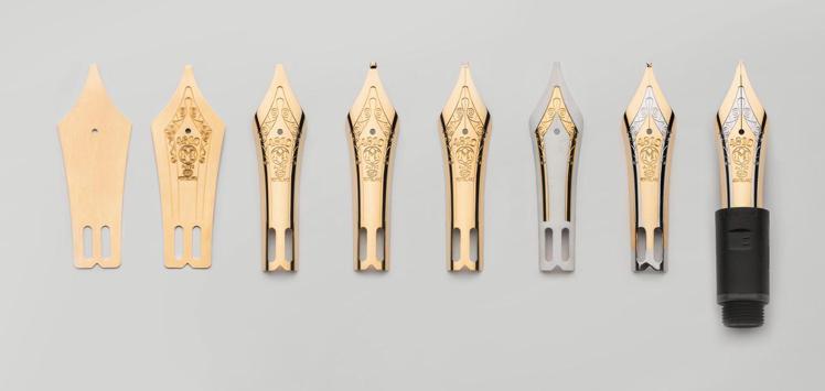 一件萬寶龍金質筆尖的誕生,包含從左至右的八道工序:沖頭(punching)、壓凸...