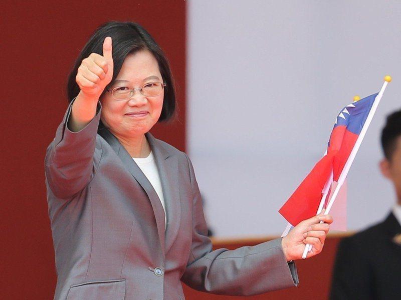 大陸學者認為,這次的人事調整只是作秀,蔡英文(圖)並非真心要對話;台灣學者則表示,蔡已阻止許多統獨修憲議題。圖/聯合報系資料照片