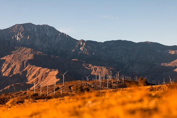 本屆DESERT X 2021沙漠雙年展共有八個國家的13位藝術家參與,展覽本身...