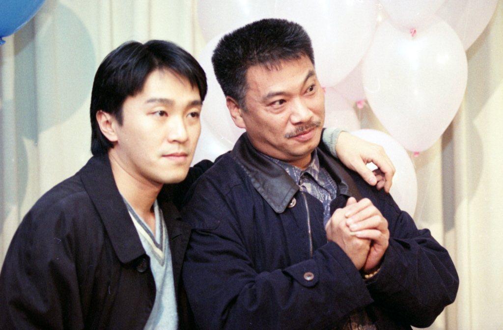 周星馳(左)傳已請家人探望過吳孟達,保持低調的關心。圖/報系資料照片