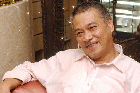 吳孟達因肝癌病況惡化、去世,友人田啟文探訪時透露他沒想到自己這次這麼嚴重,一直以為能夠痊癒出院,家人也都措手不及。其實香港媒體報導,吳孟達在2014年一度心臟衰竭,自此後就更注重健康,也減少片量,更...