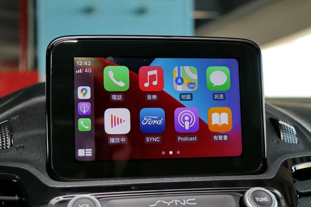 6吋懸浮螢幕搭配SYNC 3中文娛樂通訊整合系統,並支援Apple CarPla...