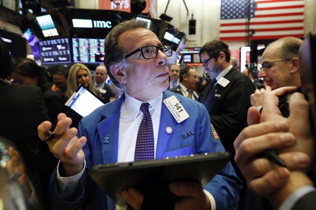 由於通膨預期持續升高,公債價格近來跌跌不休,美債殖利率上周更升到一年來高點。  ...