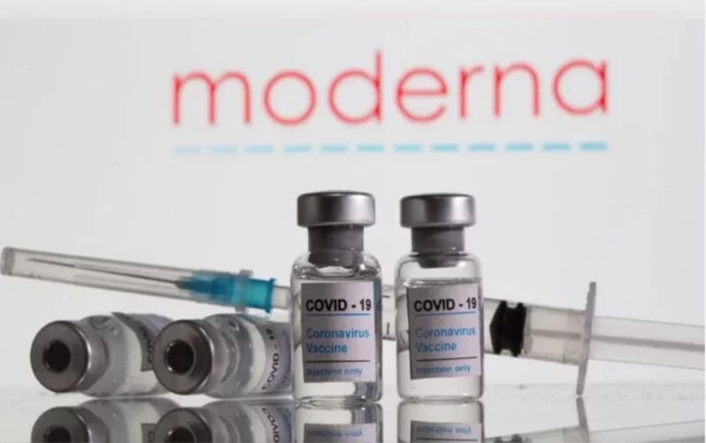 我國食藥署已就莫德納疫苗緊急授權使用進行審查,圖為莫德納疫苗示意圖。路透