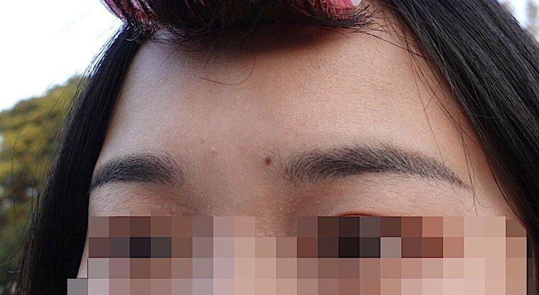 最近流行的「飄霧眉」技術主打結合飄眉、霧眉兩者優點,打造自然毛流的眉型。記者黃惠...