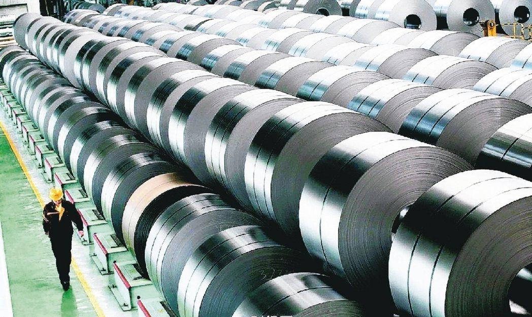 國際鎳價高檔盤旋,多家不銹鋼廠今天起調高價格。(本報系資料庫)