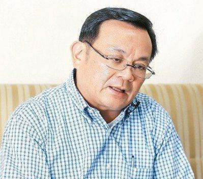 台大國發所副教授辛炳隆認為台灣面臨少子化問題,如果移工真的願意把小孩留下來,讓小孩入籍也不是壞事。圖/聯合報系資料照片
