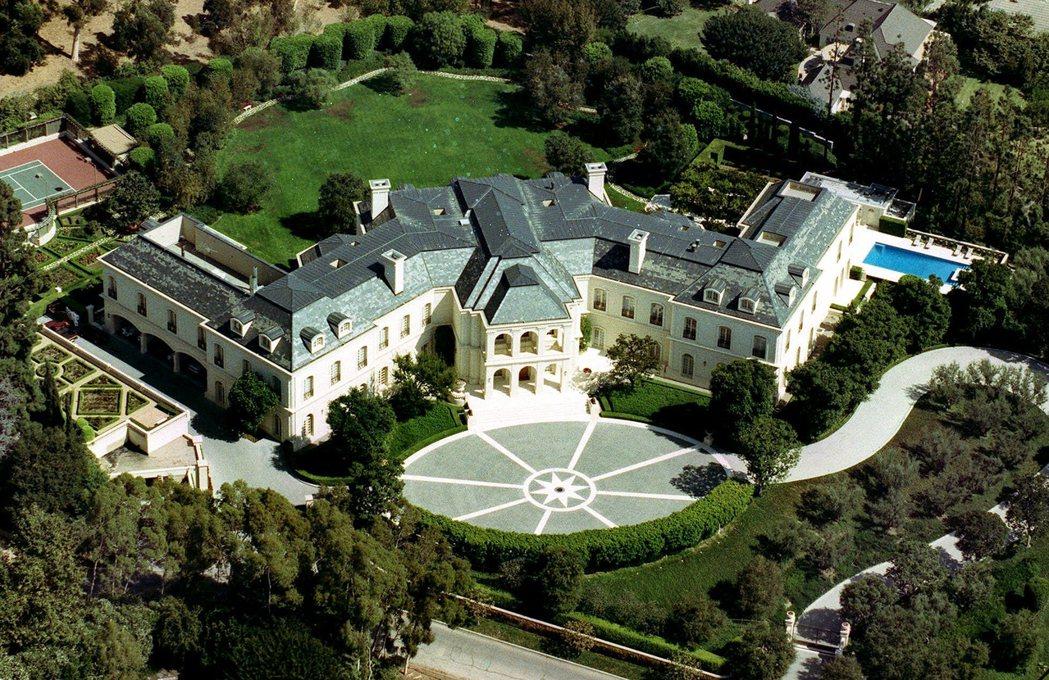 萊坊最新年度調查報告,全球有26%超級富豪計劃在今年添購新房。(美聯社)