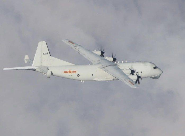 中共解放軍一架運-8反潛機(如圖、同型機),今(28)日侵入我西南防空識別區。圖/國防部