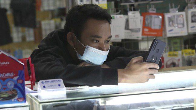 雖然印尼是東南亞最大金融科技市場,但該國是少數未核發純數位銀行執照的國家之一,這...