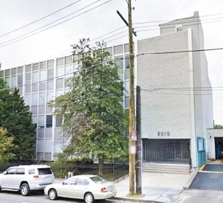 中華民國軍事代表團位於華盛頓特區的威斯康辛大道上,原是一座醫院,屋齡近60年,是這條道路上最老舊的建物之一。圖/取自Google Earth