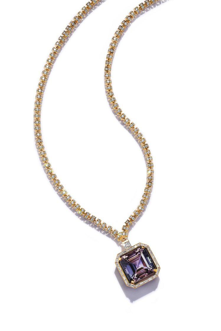 好萊塢女星蓋兒加朵配戴Tiffany高級珠寶18K金雙色黝簾石與鑽石項鍊。圖/T...