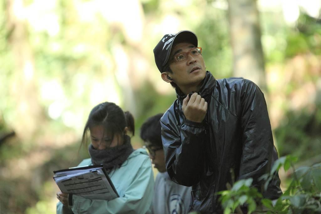 導演魏德聖呼籲觀眾進戲院一探失落外地的「綠色牢籠」。圖/希望行銷提供