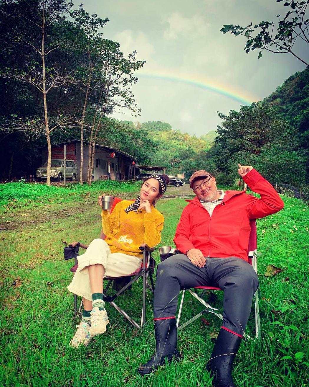 劉亮佐與趙小僑夫妻。圖/摘自臉書