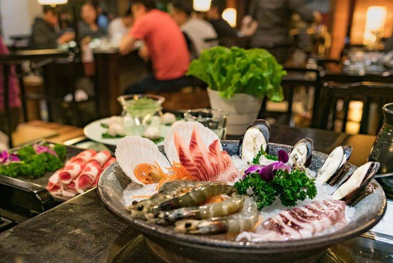 沒吃大魚大肉為何也會痛風?醫師破解「痛風體質」5大迷思,哪些人該注意?圖片來源:Shutterstock
