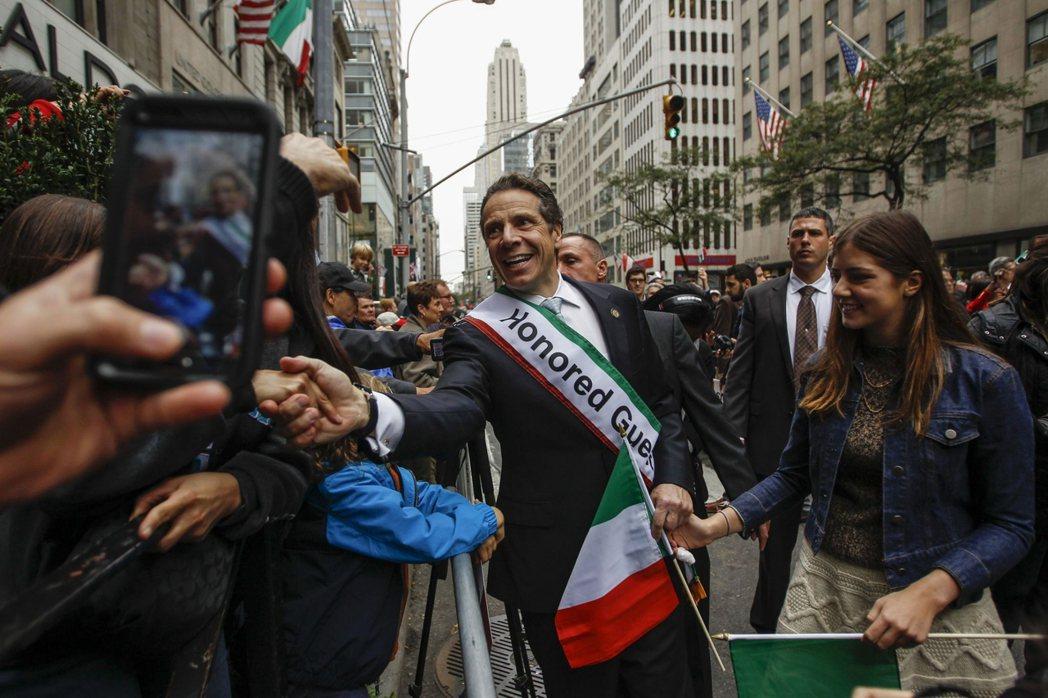 圖為紐約的義大利社群,義大利裔是紐約最具代表性的老紐約人,而這也是義大利裔的古莫...