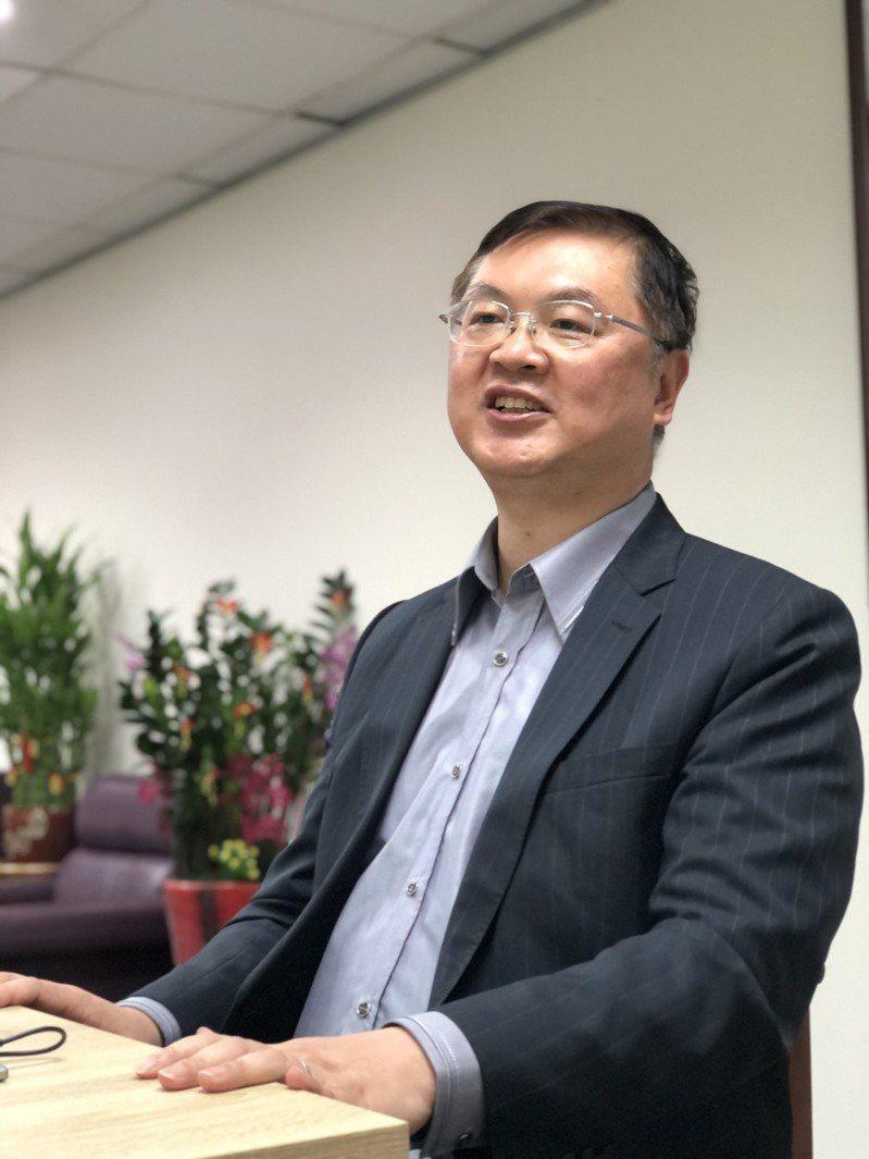 高雄市3位副市長各有職掌與強項,羅達生負責拚經濟與產業轉型重責。記者王慧瑛/攝影
