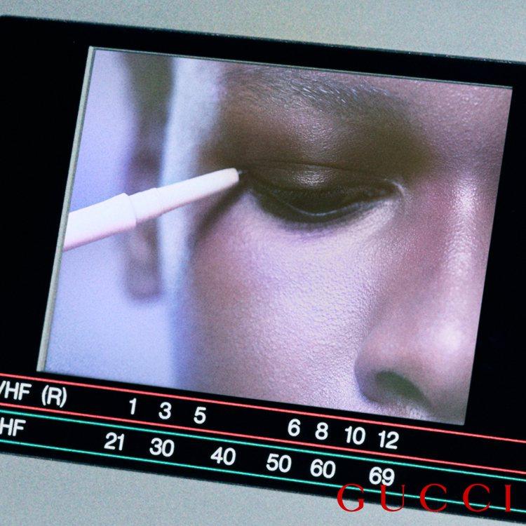 Gucci推出「玩視不恭眼線膠筆」,防水又多色調選擇,絕對能滿足眼妝控。圖/Gu...