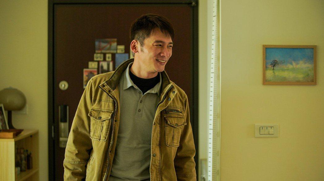 溫昇豪在「火神的眼淚」中飾演一名責任感十足的爸爸消防員邱漢成。圖/公視提供