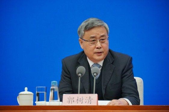 大陸銀保監會主席郭樹清2日表示,大陸地方政府隱性債務增量風險已基本控制。圖/取自澎湃新聞