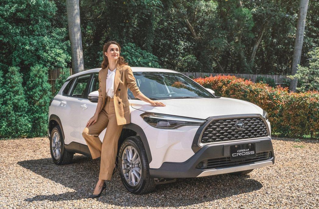 CROSS登國2月產銷售新神車、銷售台數達2205台。和泰車/提供