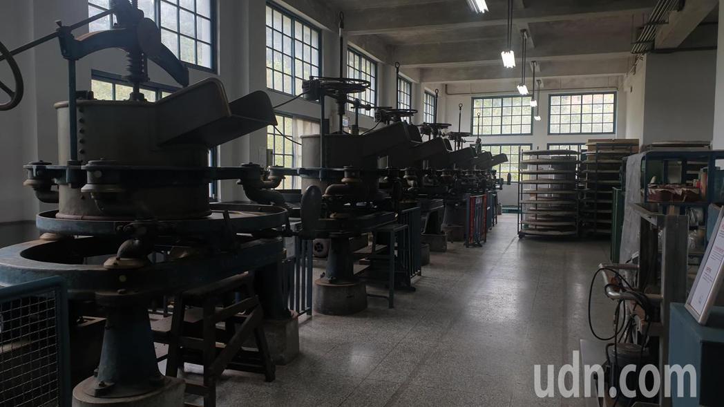 百年製茶機器至今仍完整保留而且可以使用。記者鄭國樑/攝影