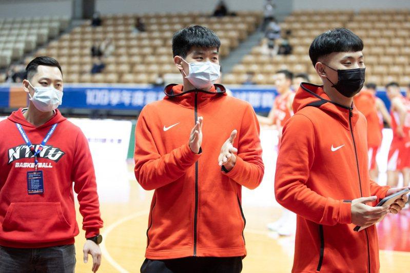林仕軒(中)今天比賽沒登錄。記者季相儒/攝影