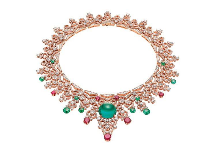 BVLGARI BAROCKO系列頂祖母綠、紅寶石與鑽石項鍊,8,954萬元。圖...