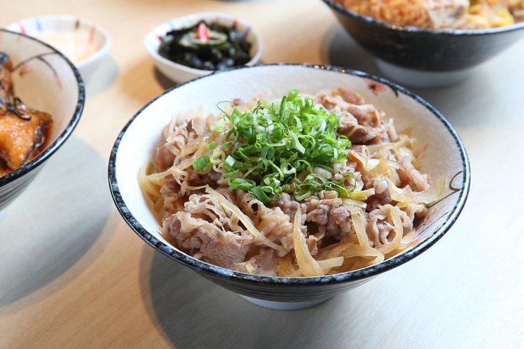 醬燒牛肉丼飯,每份270元。記者陳睿中/攝影