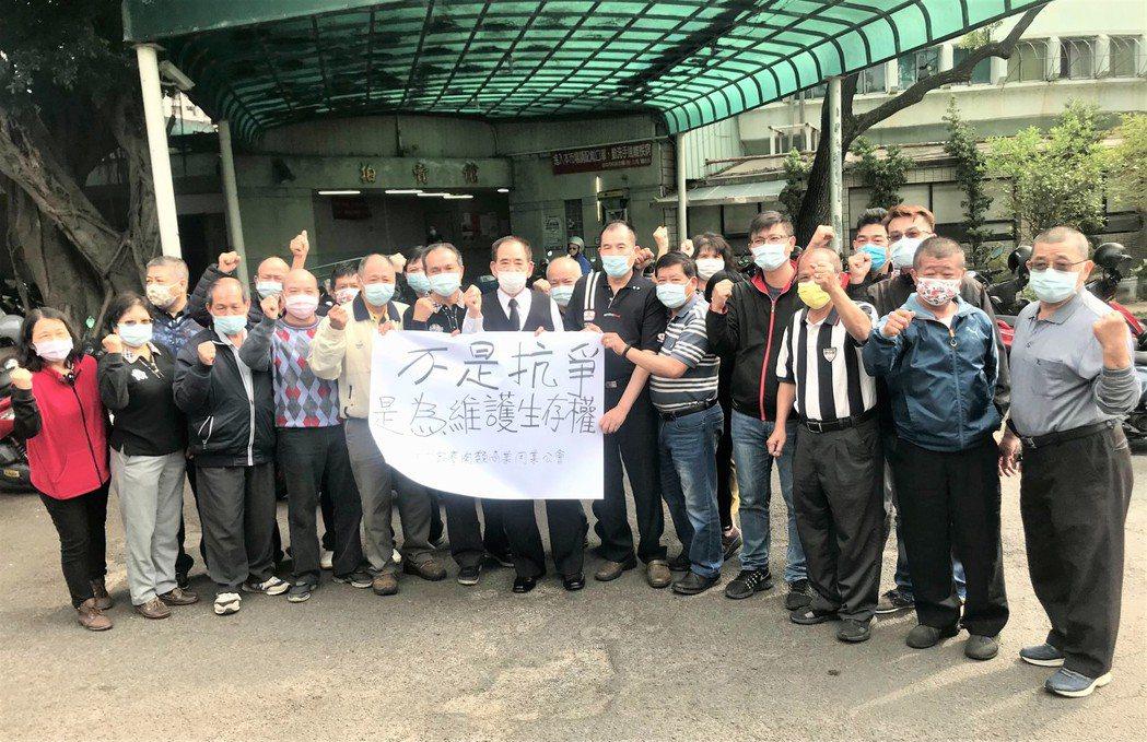 台中市政府進行位在北區的肉品市場原地轉型活化,但台中市家畜肉類商業同業公會今聲言...
