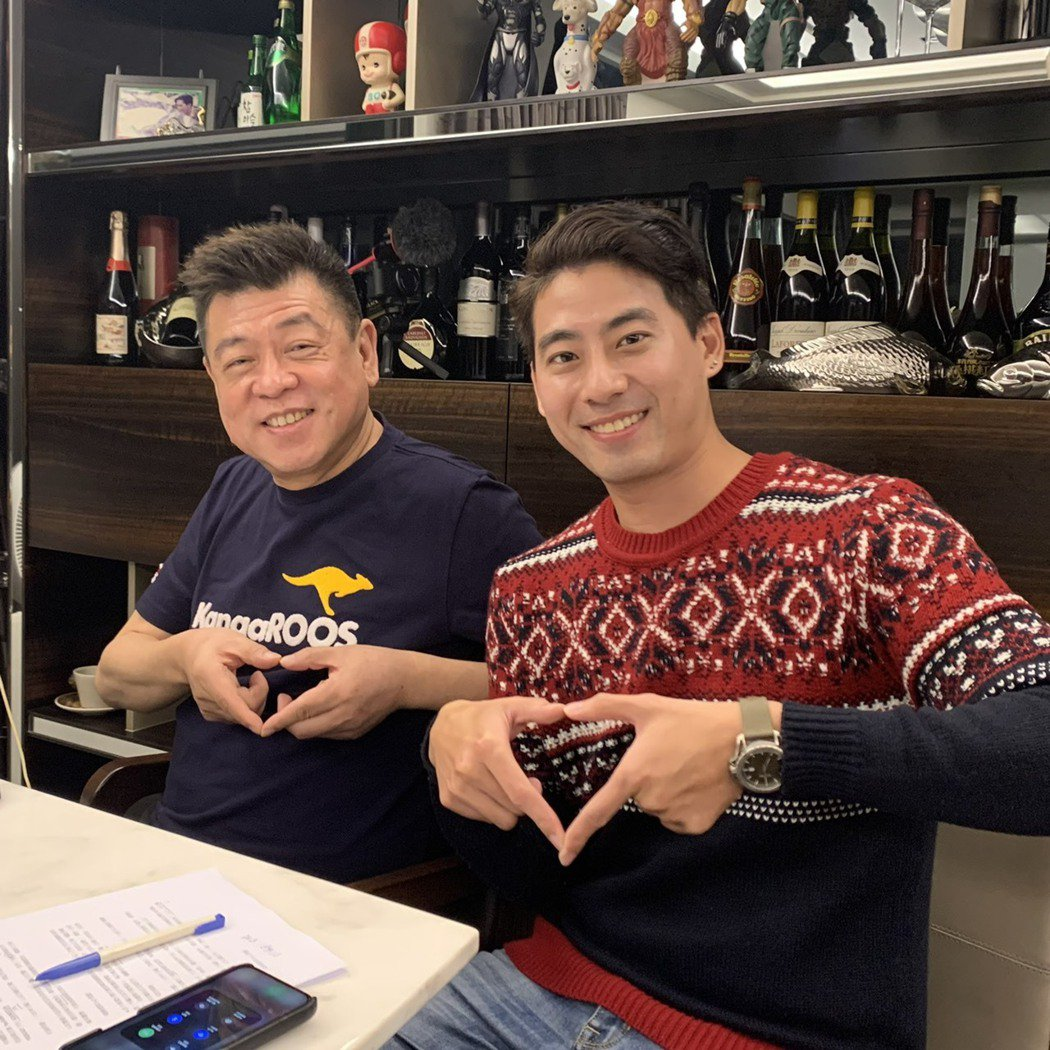 孫德榮(左)在線上開記者會,由郭岱軒主持。圖/孫德榮提供