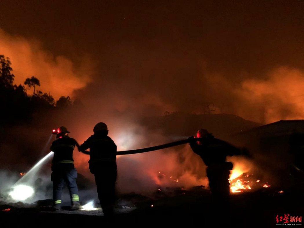 導致19名消防隊員犧牲的四川西昌「3·30」火災即將滿一周年之際,前西昌市委書記...