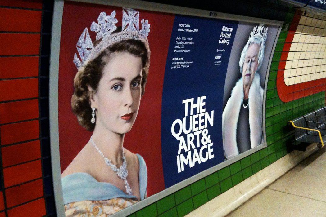 英國國家肖像藝廊主辦之The Queen Arts & Image活動主視覺執行...