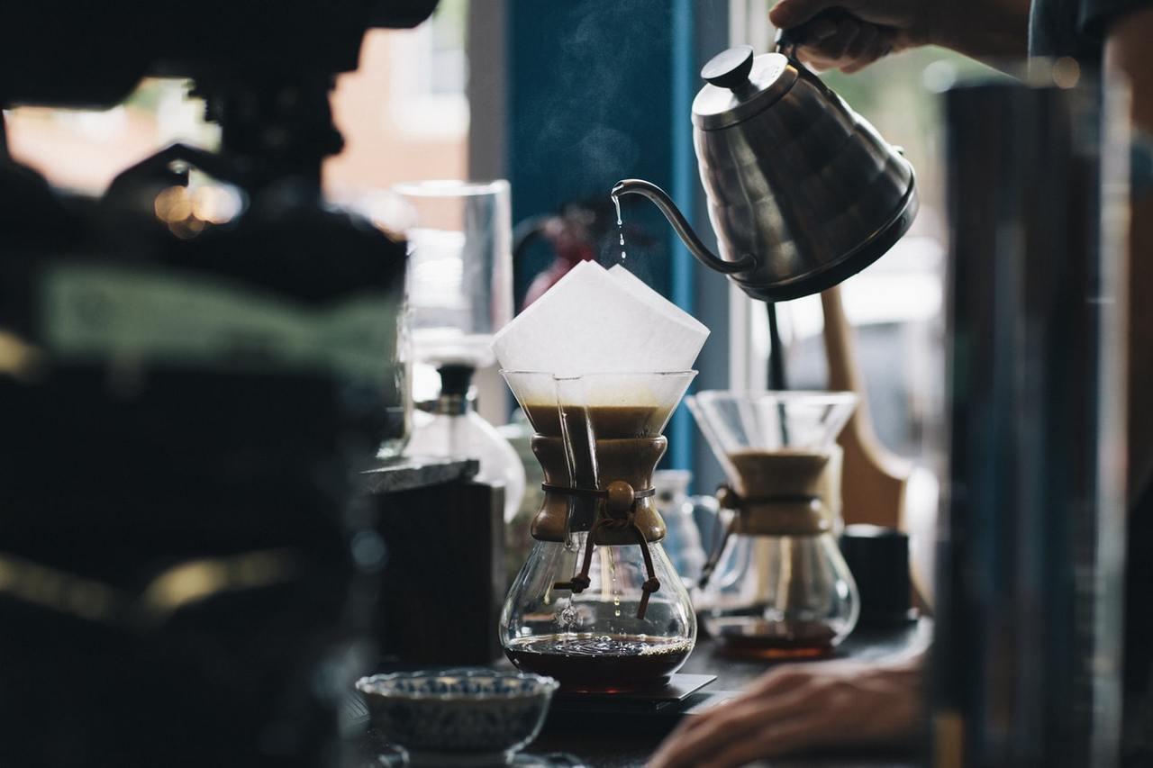 運動前適度攝取咖啡因,確實可促進熱量燃燒,但要提醒有心血管疾病者不宜丶不空腹喝、...