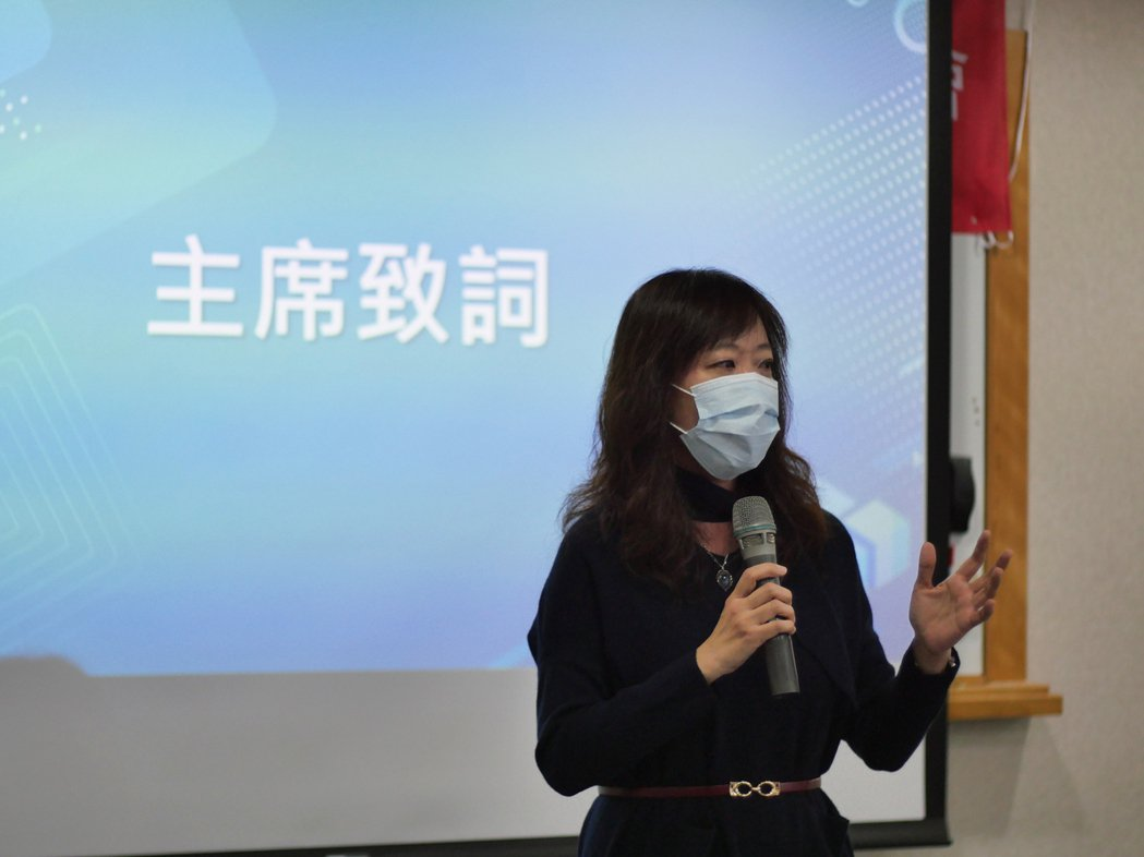 宇萌數位科技執行長,亦為「台灣實境科技創新發展協會」發起人暨理事長白璧珍,引領協...
