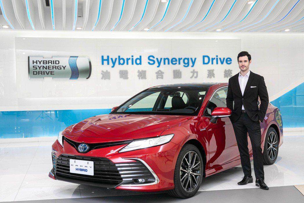 新Camry除升級為TSS 2.0智動駕駛輔助系統外,更導入新世代Dynamic...