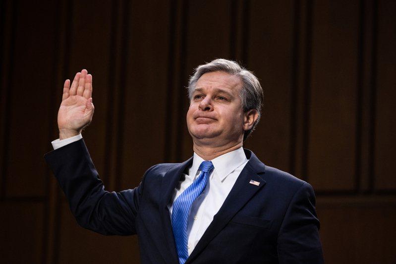 瑞伊(Christopher Wray)今天出席聯邦參議院司法委員會聽證會,這是事件發生以來,瑞伊首度在國會作證。 新華社