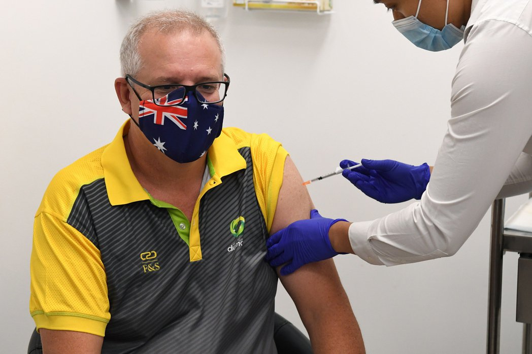 澳洲總理莫里森上月21日接種新冠疫苗。  歐新社