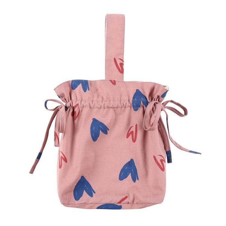 Jelly Mallow粉紫愛心抽繩手提包1,290元。圖/双木林提供