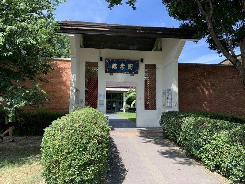 為提供讀者更便利的閱讀服務,新竹縣13鄉鎮市立圖書館即日起同步開放調閱服務。圖/聯合報系資料照