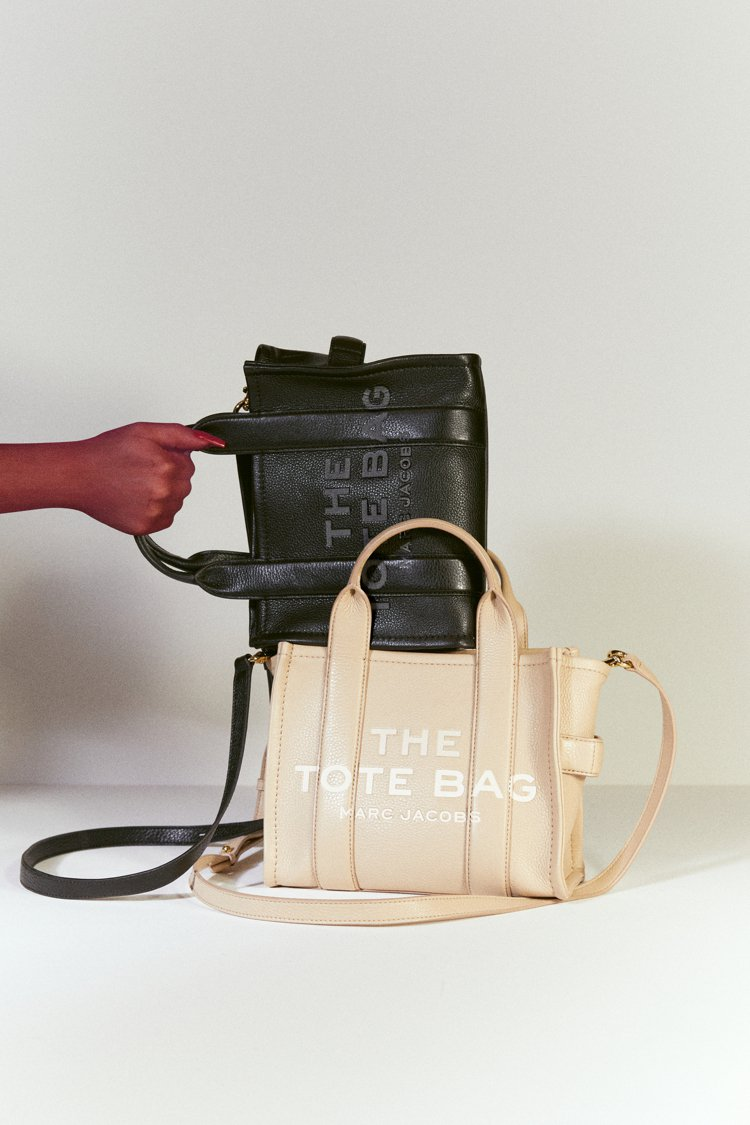 Marc Jacobs全新推出皮革材質款的The Tote Bag,外觀看來更有...