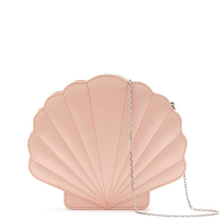 鍊帶貝殼肩背包則新推出粉紅色和湖水綠色款。圖/LULU GUINNESS提供
