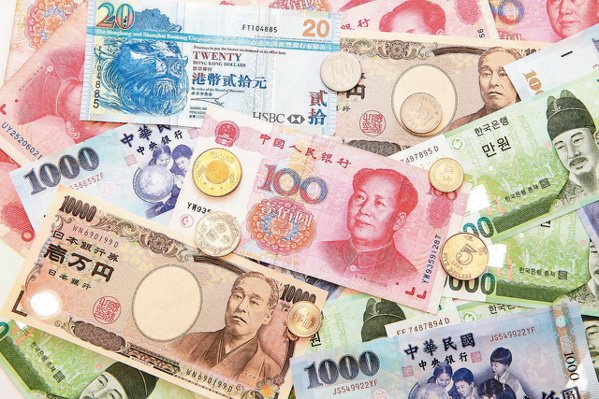今年全球經濟成長是低基期反彈的一年,貨幣政策寬鬆,大規模刺激政策,仍有利風險性資...