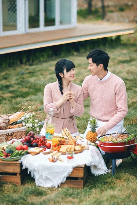 福原愛(左)和江宏傑曾在節目上曬恩愛。圖/華研國際提供 UCD匯入